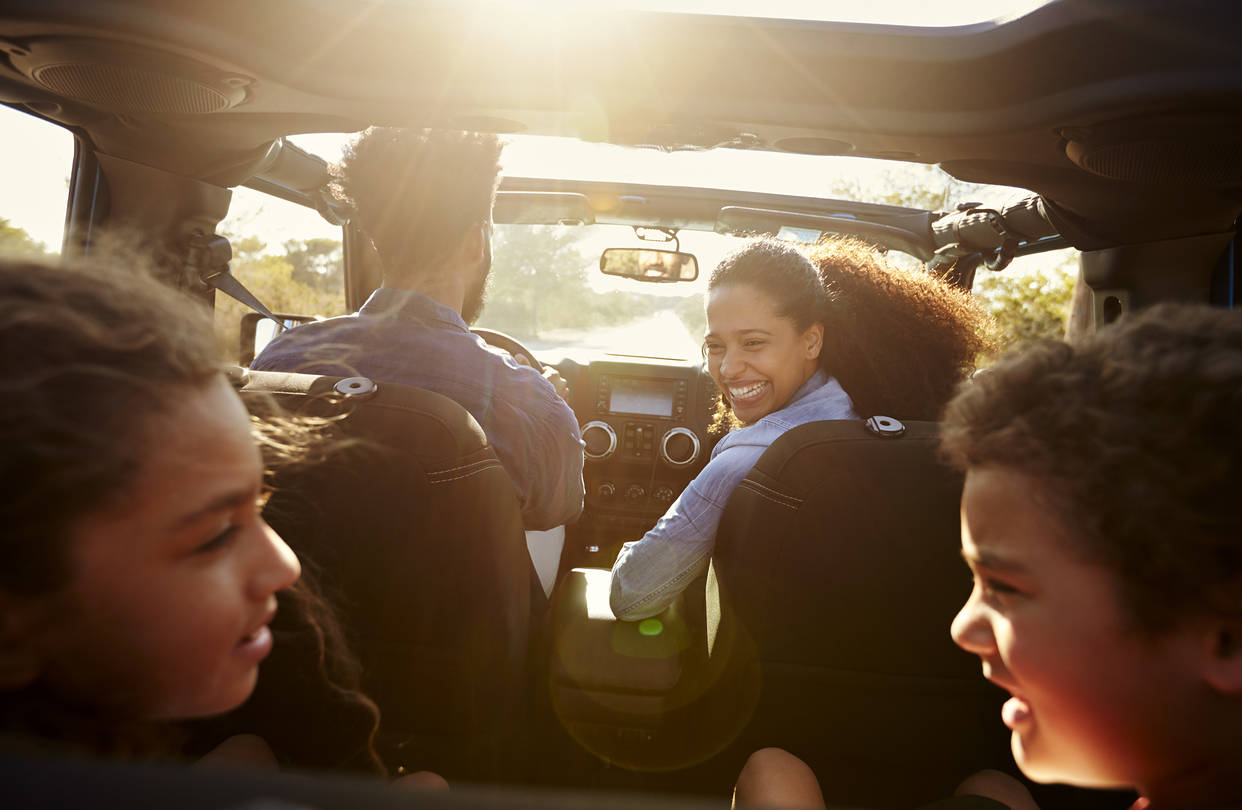 7 Amazing Tips to Choose Car for Perfect Family Road Trip