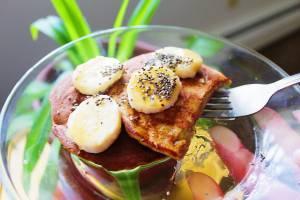 4 Ingredient Vegan Banana Pancakes