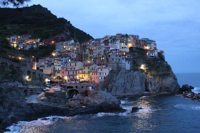 Traveling: Unlocking Como Lake and Cinque Terre, Italy