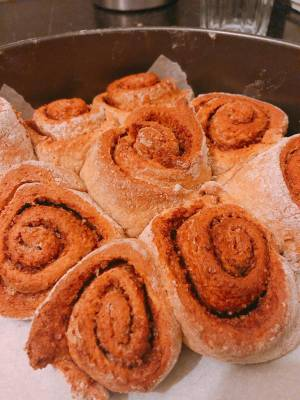 Healthy & Easy-to-Make Cinnamon Rolls