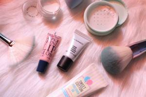 SAVE YOUR MONEY ON MAKEUP & BEAUTY PRODUCTS WITH THESE TIPS