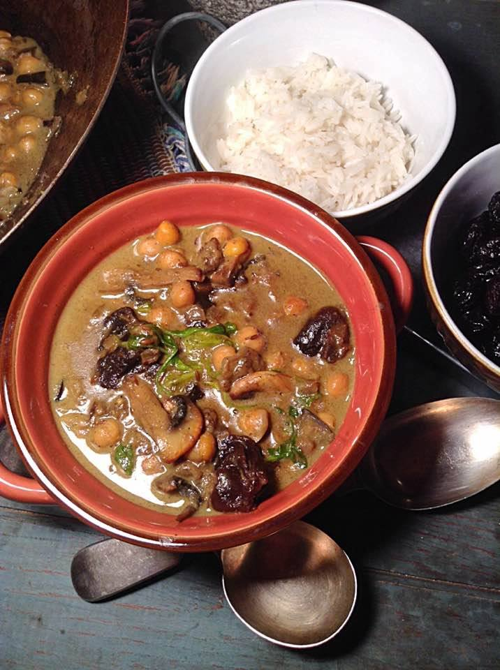 Morrocan chickpea and prunes curry