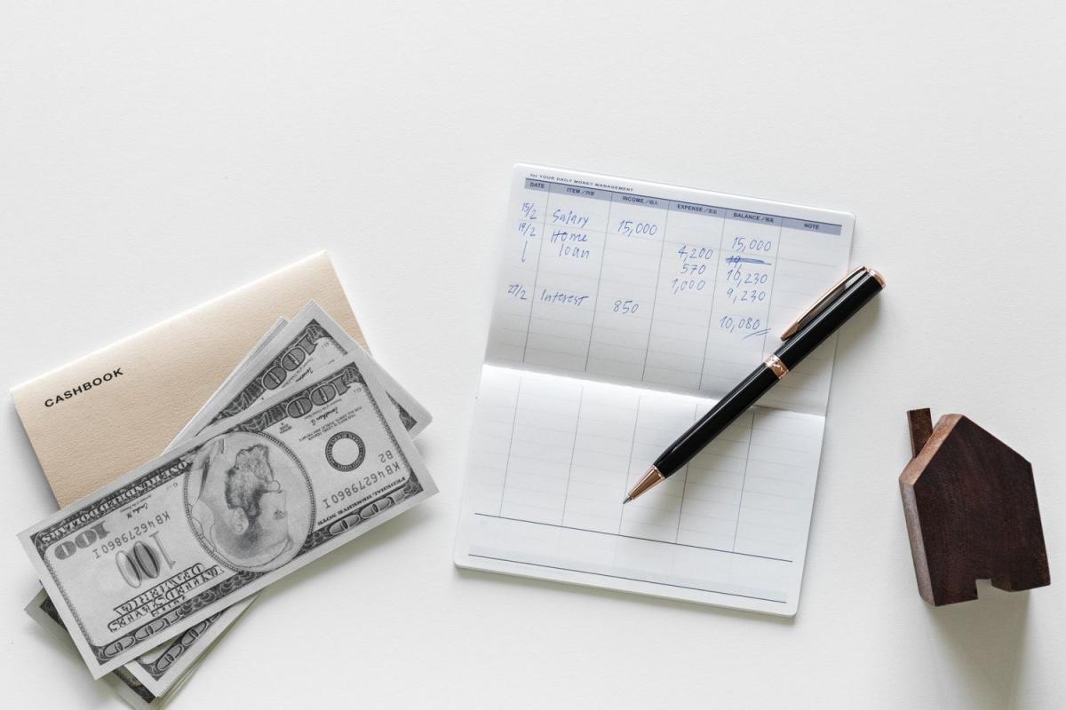 flatlay wealth planning