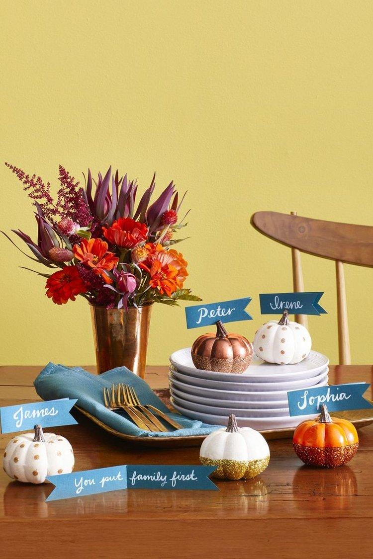 Pumpkin Place Cards  via Country Living